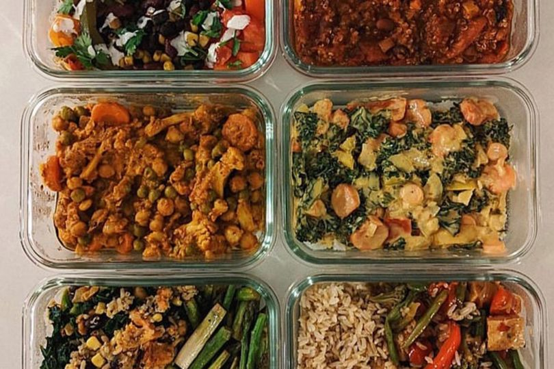 Mum preps six dinners for the week in 15 minutes with 'awesome' time-saving hack